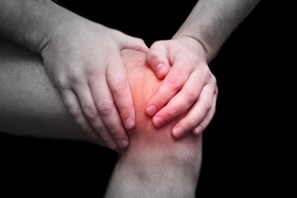 Болезнь может поразить сразу обе конечности