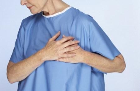 Боль в грудной клетке слева