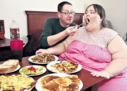 Избыточный вес и неправильное питание увеличивают риск развития подагры