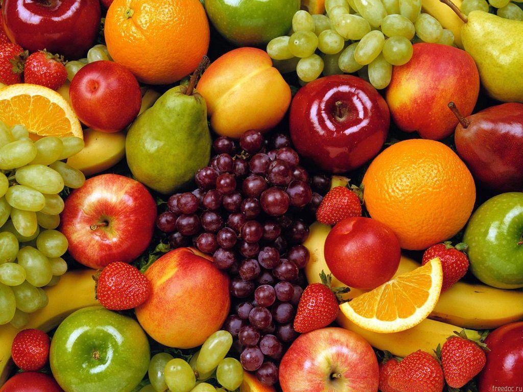 Кушать свежие фрукты и сочные овощи не только вкусно, но и полезно