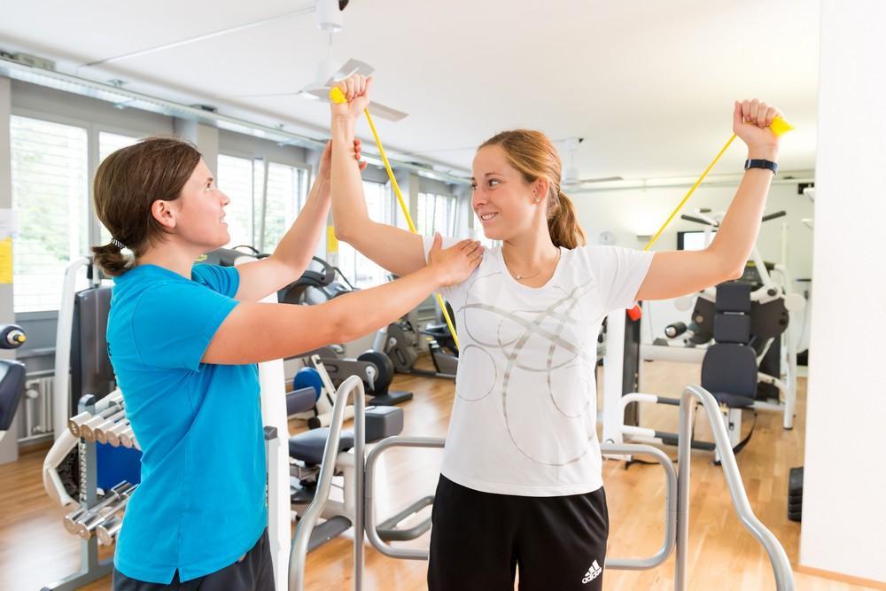 Лечебная гимнастика – эффективная методика при сколиозе