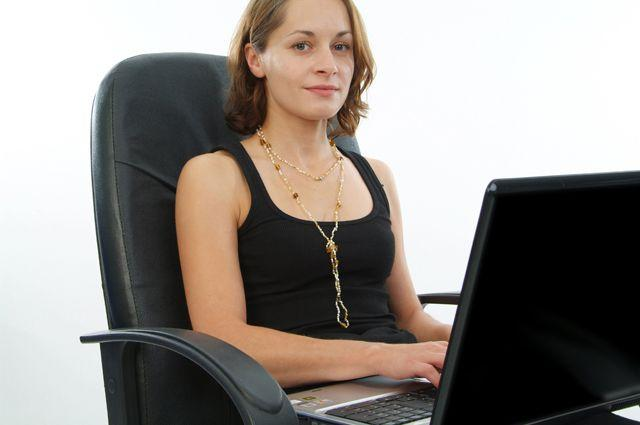 Работа за компьютером как причина развития заболевания