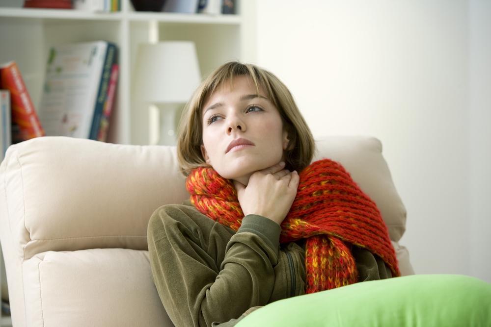 Теплый шерстяной шарф на шею