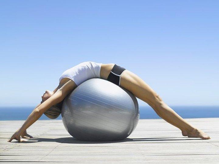 Упражнения при остеохондрозе помогают только тогда, когда их выполняют правильно и регулярно