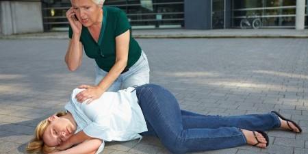 Признаки инфаркта у женщин. Первая помощь