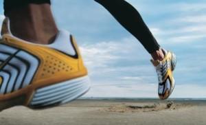 Реальные нагрузки превышают возможности организма или сухожилия получили механические травмы, такая ситуация возникает у профессиональных спортсменов