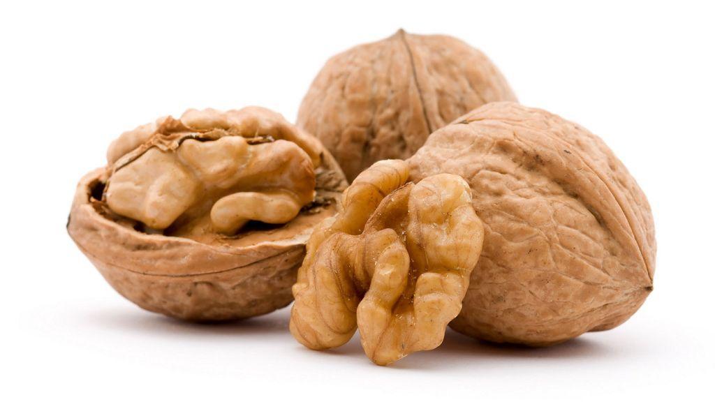 Грецкие орехи - фото