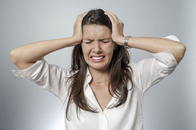 У созависимого начинаются проблемы со здоровьем из-за постоянного нервного напряжения