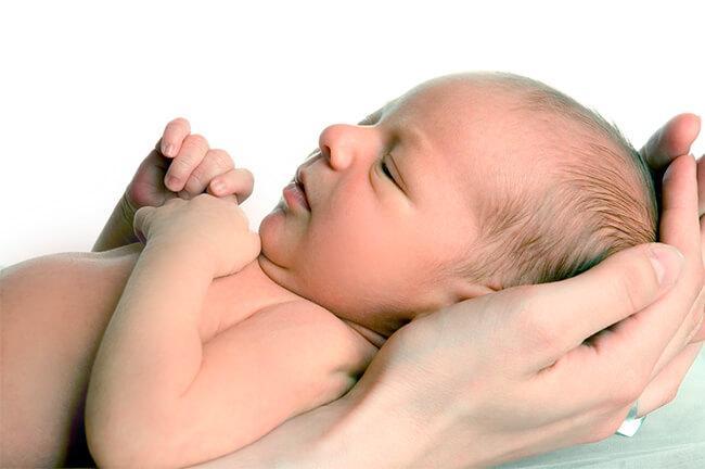 ДЦП у новорожденных: симптомы