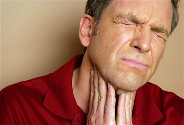 Отек горла: симптомы и лечение