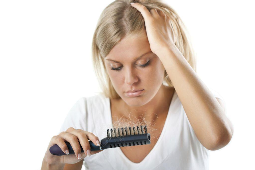 Хронический стресс - одна из причин выпадения волос