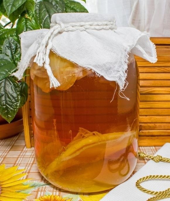 Настой чайного гриба способен быстро ликвидировать все виды патогенных и гнилостных микроорганизмов