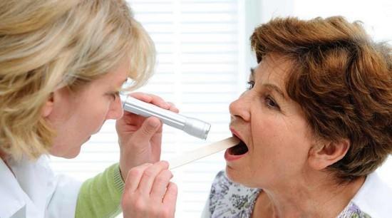 Пропал голос горло не болит и нет температуры: причины и лечение