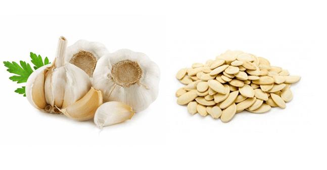 Чесноке содержит фитонцидыю, усиливающие лечебное воздействие против глистов