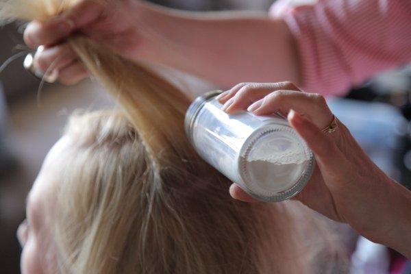 Как сделать сухой шампунь для волос 410