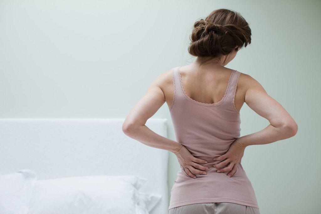 Боли в спине и переутомление говорят о необходимости обратиться к врачу