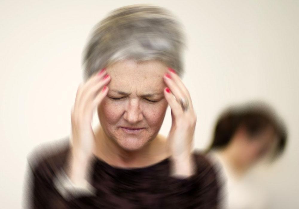 Медикаментозное лечение головокружения при шейном остеохондрозе назначается врачом