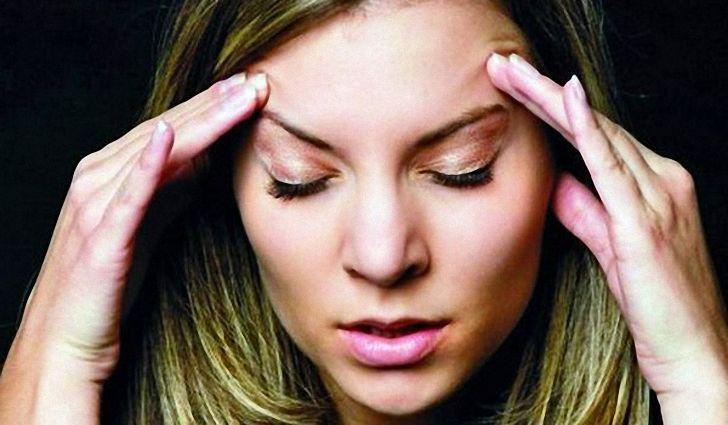 Осложнения при шейном остеохондрозе - головные боли, заложенность в ушах и другие малоприятные проявления