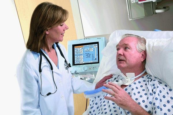 При обострениях ревматоидного артрита можт потребоваться госпитализация