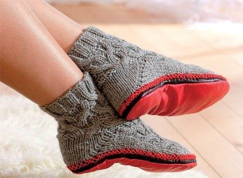 СОгревающий компресс на пятках под носками