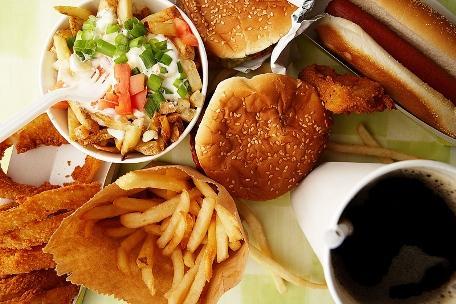 От нездоровой пищи лучше отказаться