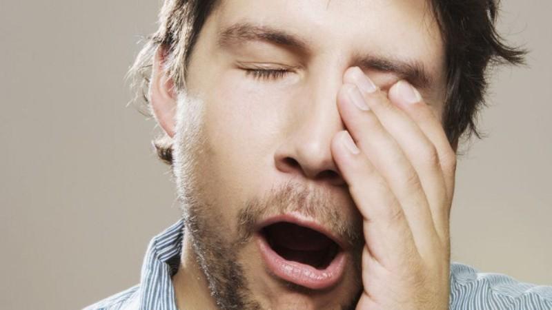 Антипростудные порошки могут вызывать сонливость, потому после их приема нежелательно садиться за руль