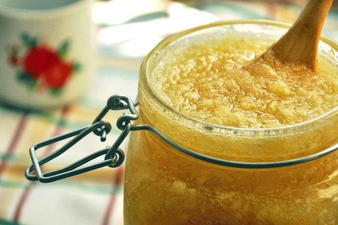 Смесь имбиря и меда придает тонус и разогревает весь человеческий организм