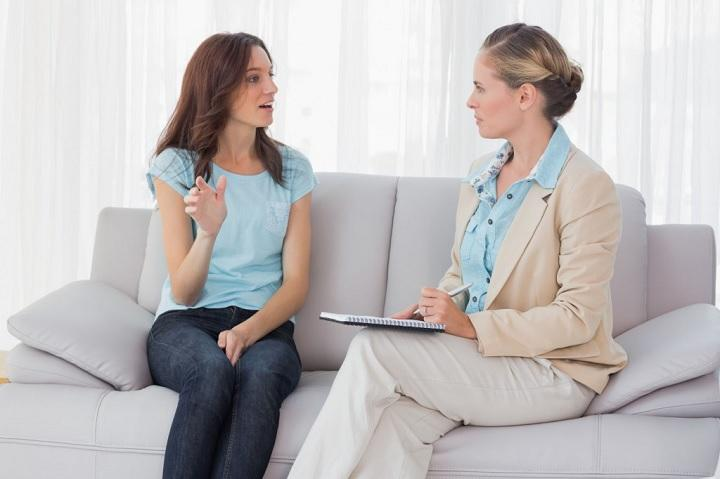 Хорошие результаты в борьбе с бешенством матки дают сеансы психотерапии