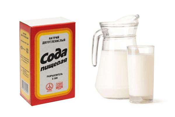 Пить соду с молоком следует ежедневно до появления заметных улучшений
