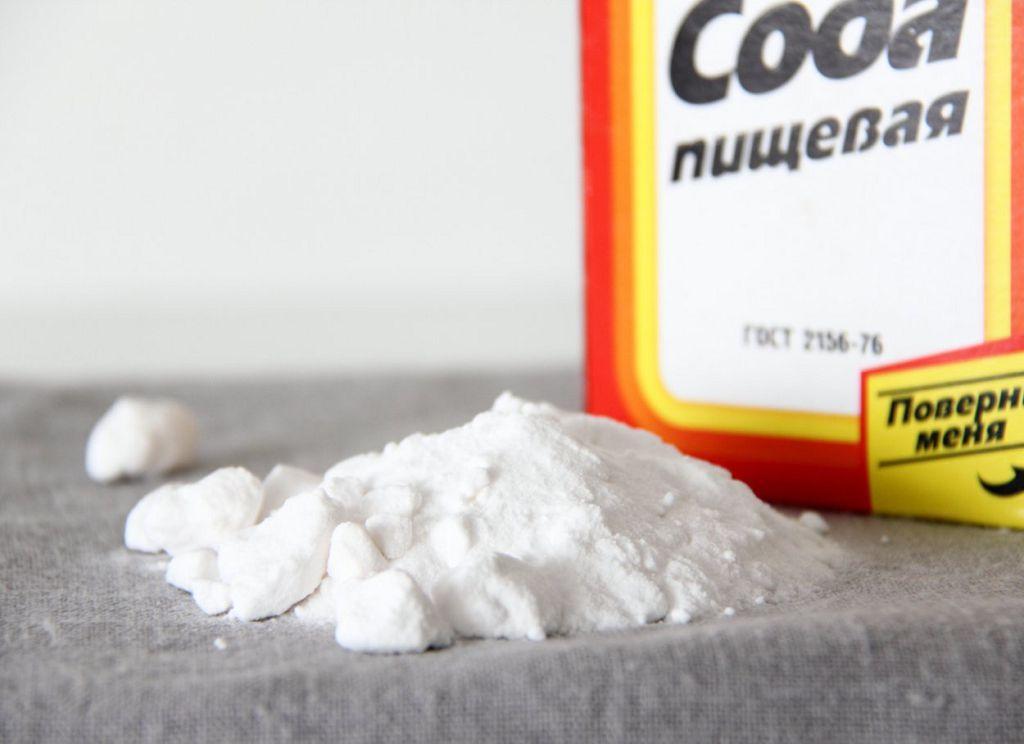 Применение соды помогает в устранении изжоги