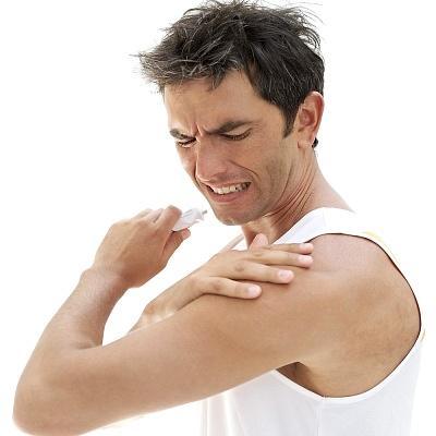 Болезненность и ограниченность в движении - основные симптомы
