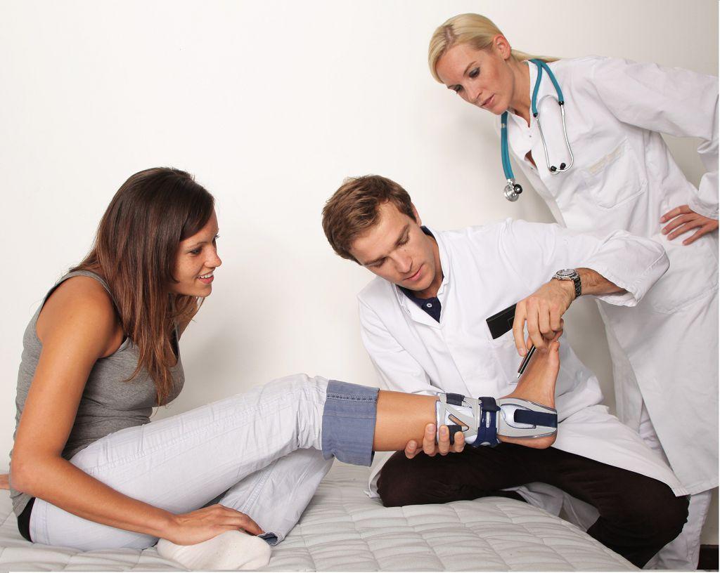 Врач ортопед травматолог