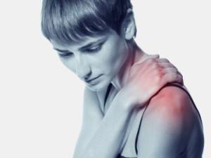 Врая определяет характер боли, ставит диагноз и назначает эффективное лечение