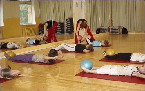 ЛФК при сколиозе - комплекс эффективных упражнений при искривлении позвоночника