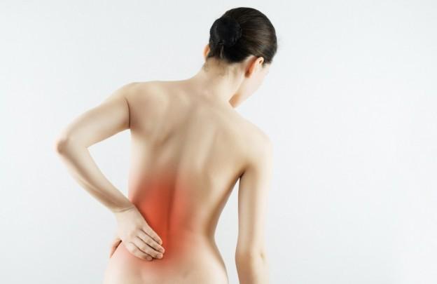 Дискомфорт, ограниченность движений и боль от ноющей до резкой