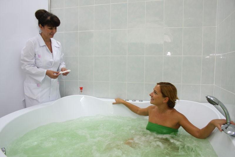 Лечение водой с добавлением масел