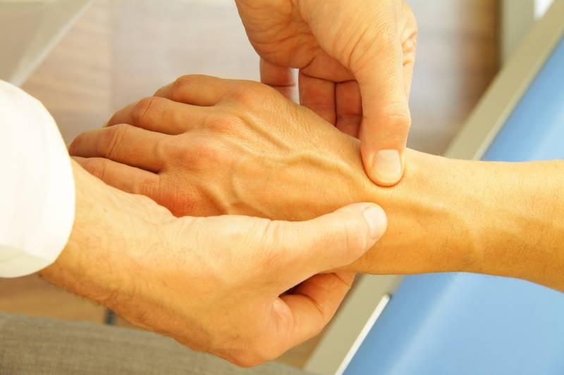 Массаж как профилактика и лечение полиартрита