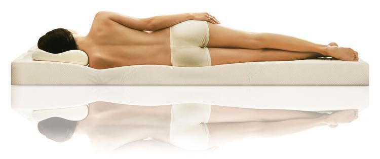 Матрас достаточной жесткости и ортопедическая подушка