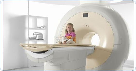 На фото аппарат МРТ