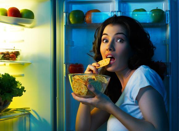 Последний прием пищи максимум за пару часов до сна