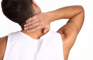 Сильные боли в шейном отделе как симптом и следствие развития болезни