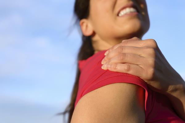 Травмирование плеча как причина синовита