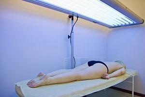 Ультрафиолетовое облучение (ПУВА-терапия)