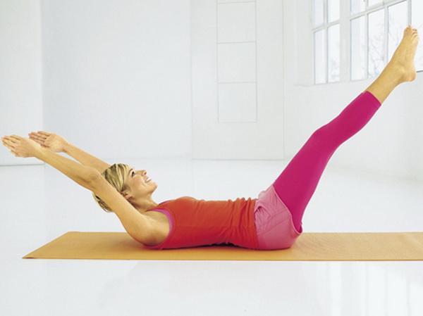 Упражнение лежа на спине