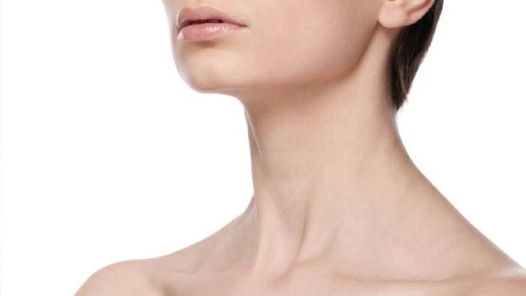 Шейные мышцы не слишком развиты, а сама шея относительно малоподвижна