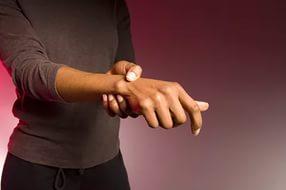 Как лечить ревматоидный артрит кистей рук