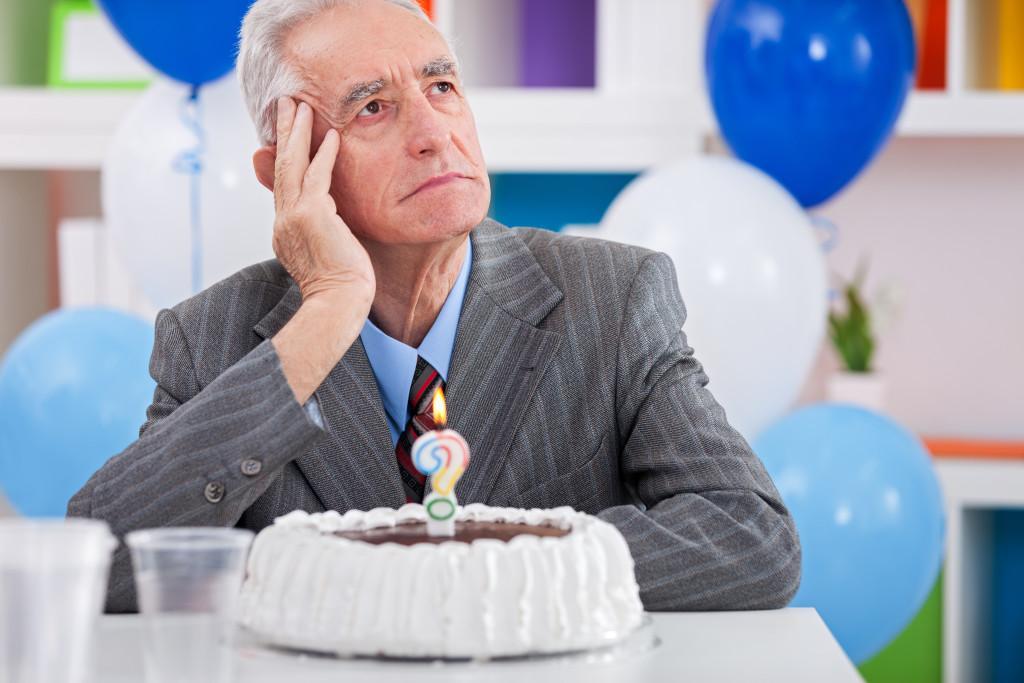 Болезнь Альцгеймера у людей после 65 лет