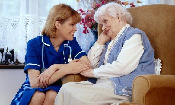 Важно присутствие родственников при реабилитации пациента после инсульта