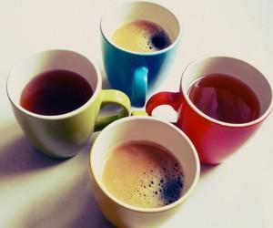 Кофе, сок и газировка не заменят воду