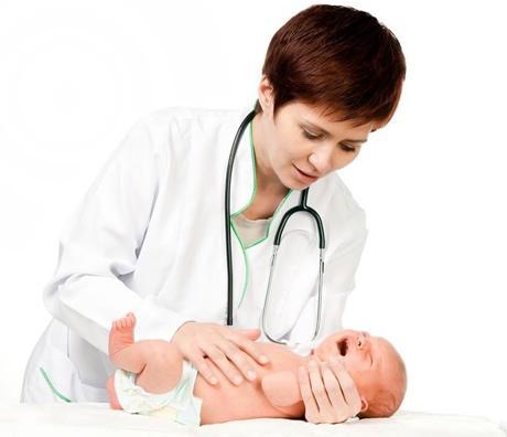 Лечением малыша должен заниматься врач